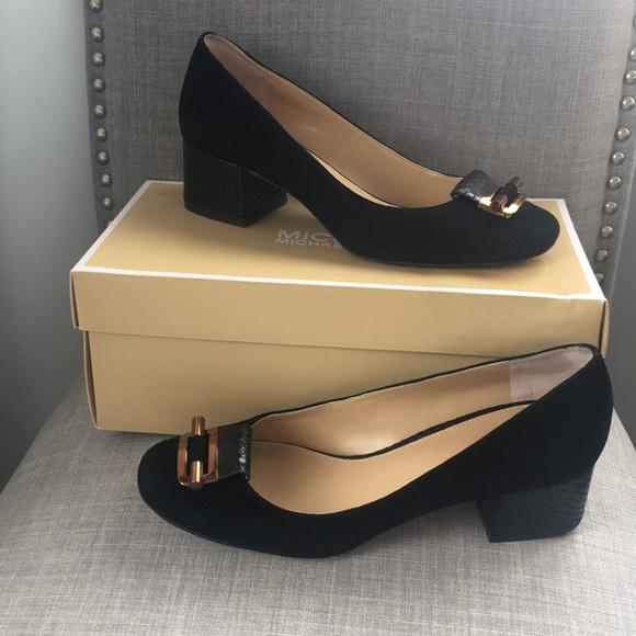 b8267ef6b221 Michale Kors Gloria Mid Pump. M 5ae71eb485e605b663a37a6f. Other Shoes you  may like. Michael ...